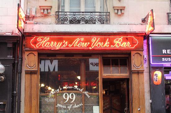 Harry's New York Bar from the street.