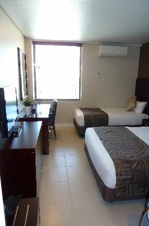 Chifley Plaza Townsville: room