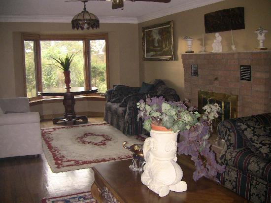 Villa Alexandrea Bed & Breakfast: Maria's home