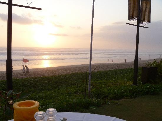 BREEZE at The Samaya: Sunset