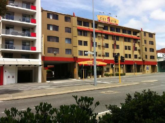 City Stay Apartments - Picture of Perth Central City Stay ...