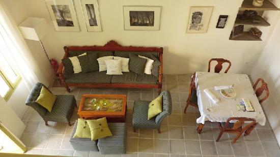 Crossroads Inn Traditional Lodgings: Anogeion house