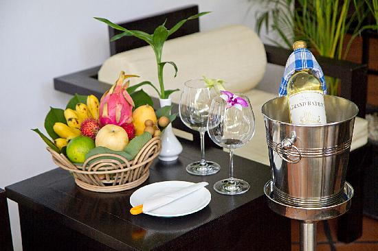 The Moon Boutique Hotel: Organic fruit
