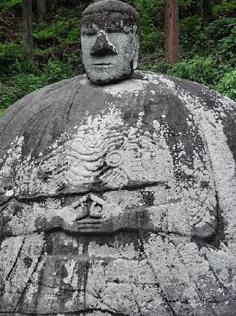 Manji no Sekibutsu : 癒されるお顔