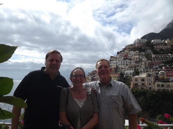 Easitalytours: Giant Roberto and us :)