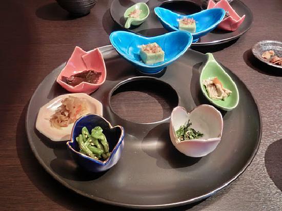 Kamisuwa Onsen Shinyu: ご飯とお味噌汁とこれらだけ