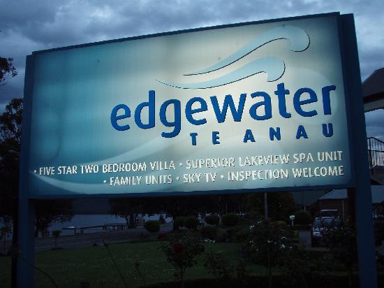 エッジウォーター モーテル, 名前がまたいいです♪