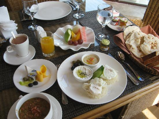 Souq Waqif Boutique Hotels by Tivoli: Breakfast
