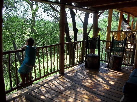 Riverside Guest Lodge: Tranquil moment