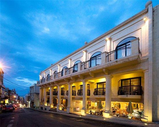 Solana Hotel and Spa: Facade