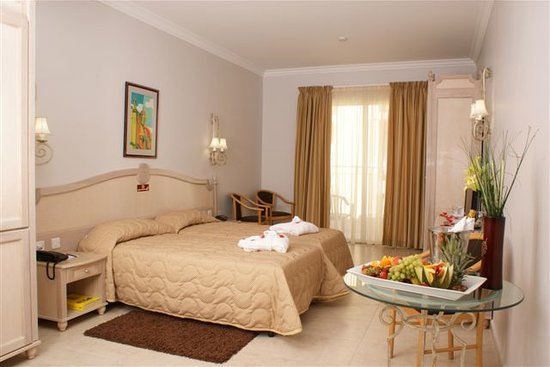 Solana Hotel and Spa: Standard Twin Room
