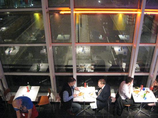 Pizza Express: Great view of the road