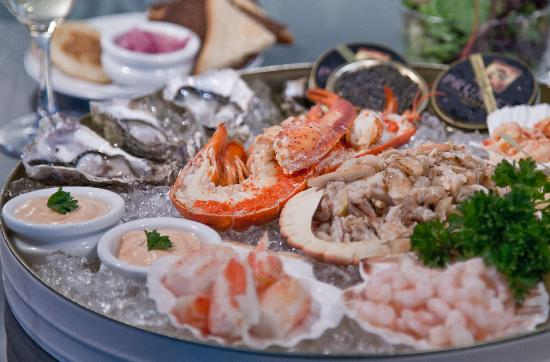 Caviar House & Prunier - St James Street : Kings seafood platter