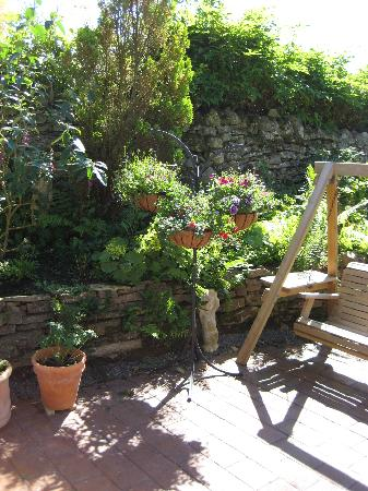 Latheronwheel, UK: Relax in our lovely courtyard