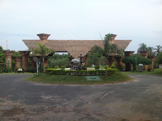Hotel Fazenda Fonte Colina Verde: entrada do hotel