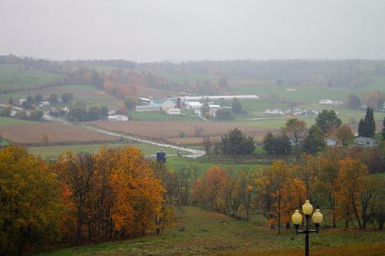 Walnut Creek, OH: even pretty on a rainy day...