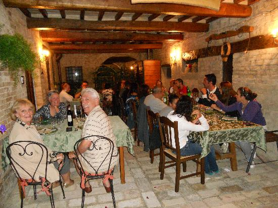 Agriturismo Il Borghetto: Our last evening on the farm.