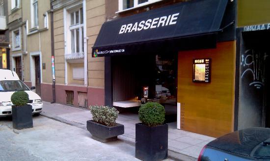 Brasserie: Exterior