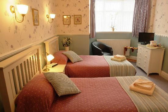 Midway House: One of our Twin/Family EnSuite Rooms.