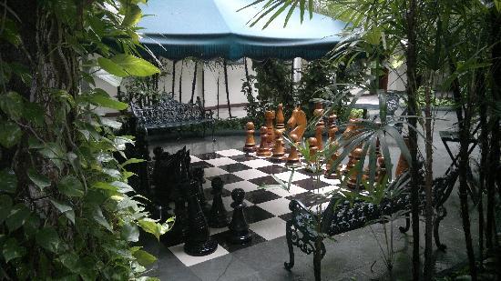 San Fernando Real Hotel: El patio