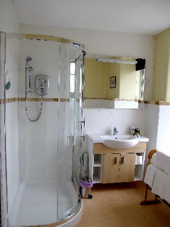 Mayon Farmhouse: Bathroom