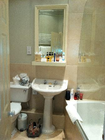 Very small bathroom picture of the old bell hotel for Really small bathroom