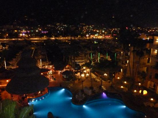 Marina Fiesta Resort & Spa: Loved the evenings on our balcony.