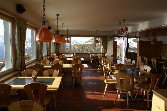 Berggasthaus Gotschnagrat: Restaurant mit Terrasse