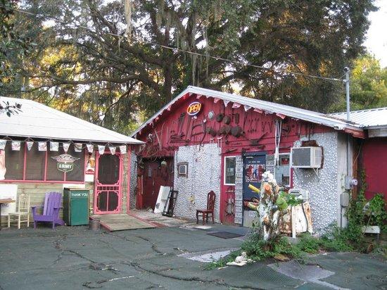 Old School Diner: The front entrance.