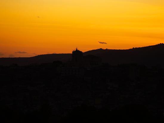 Modicarte: Sunset over Modica