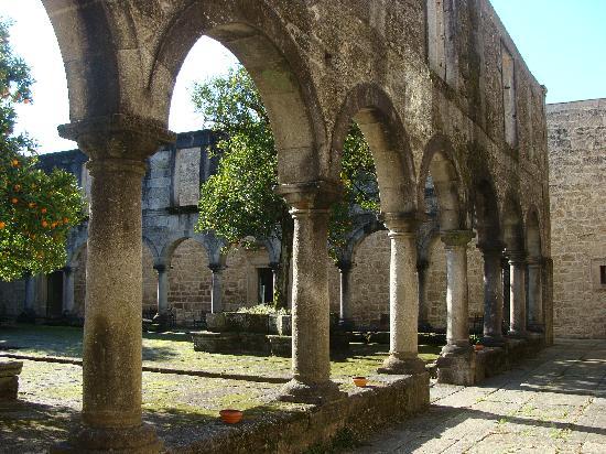 Pousada Mosteiro Amares: claustro