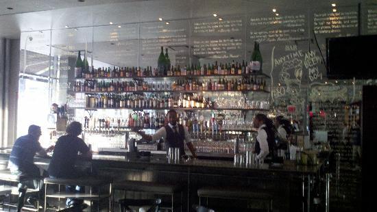 DBGB Kitchen & Bar: the bar