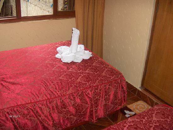 Hostal Inti Quilla: Two bed room.