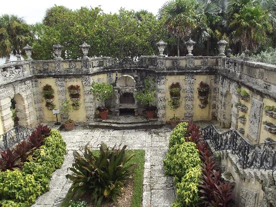 The Secret Garden Picture Of Vizcaya Museum And Gardens