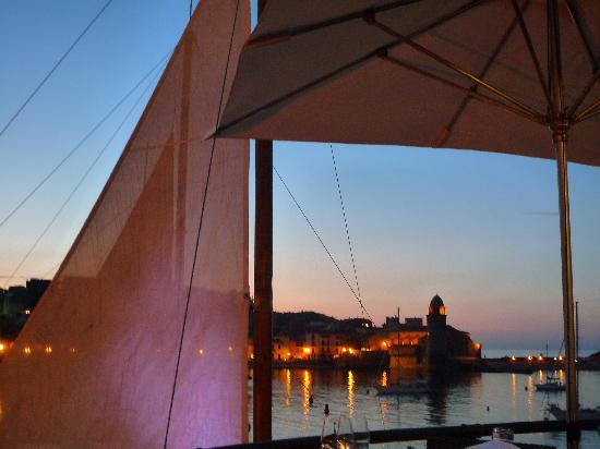 Restaurant Le Neptune: Vue sur le clocher