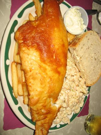 Beer battered fish fry dinner picture of anchor inn for Best fish fry buffalo ny