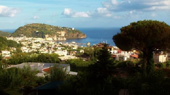 Hotel Pensione Monti : panoramica su Lacco Ameno