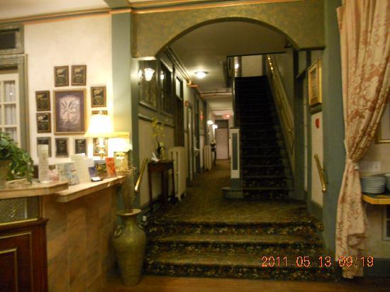 كوردوفا إن: The stairs