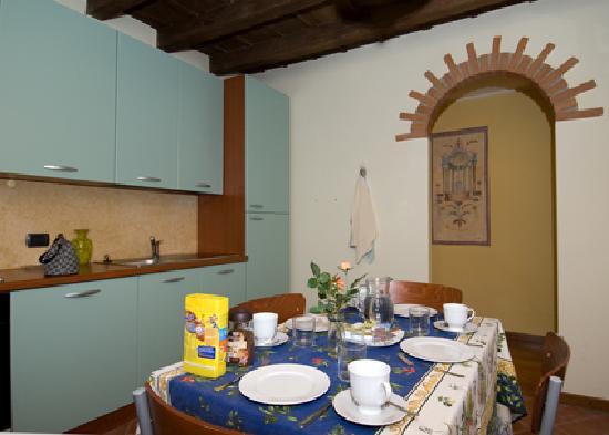 Al Principato di Pignolo: cucina a disposizione degli ospiti