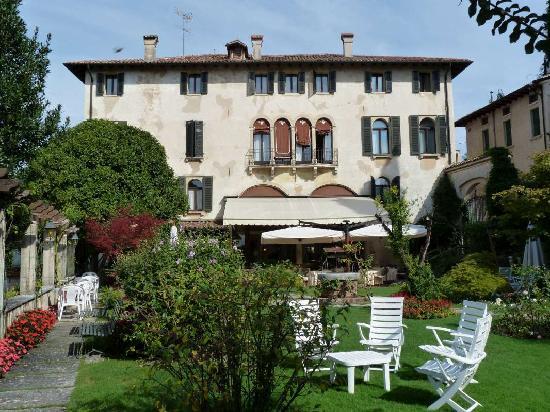 Asolo, Italia: The garden