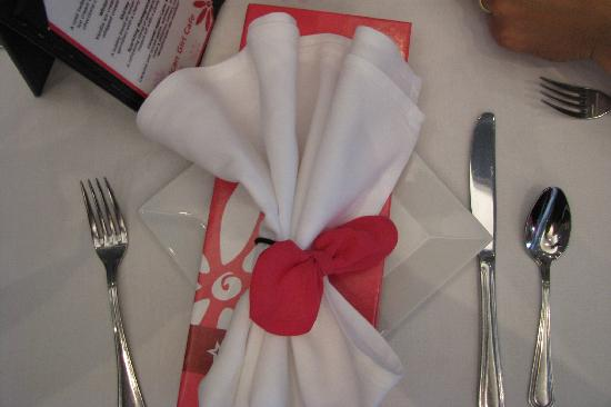 American Girl Place - New York: Napkins wrapped with a hair bow that you can keep.