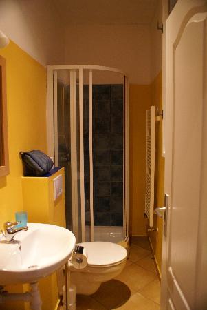 Residence Konvi 13: Bathroom