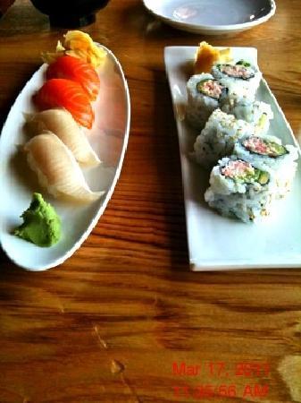Hana Zen Sushi Bar - Pier 39 : Hamachi, California Roll & Sake Nigiri