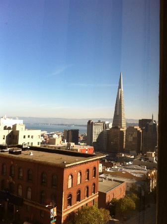 เรเนสซอง สแตนฟอร์ด คอร์ท: View from the room