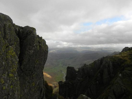 Bowfell and Crinkle Crags: view of great langdale from first crinkle