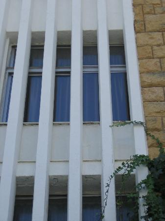 Coma Ruga, Espanha: Kamer gezien langs buiten