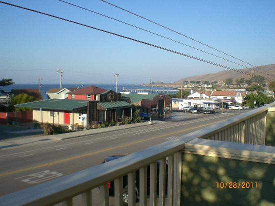 Cayucos Sunset Inn: View from the Sunset Suite Balcony