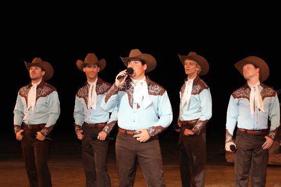 Rough Riders Hotel: Don't miss the Medora Musical!
