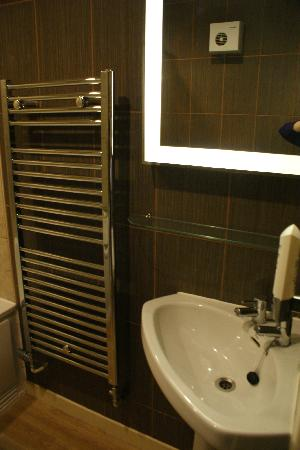 Teign Valley Golf And Hotel: Bathroom