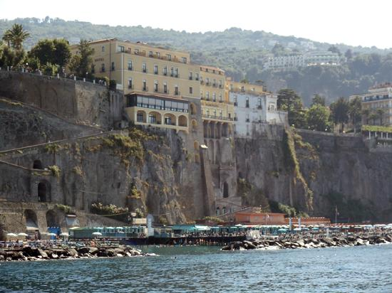 Imperial Hotel Tramontano: hotel from ocean